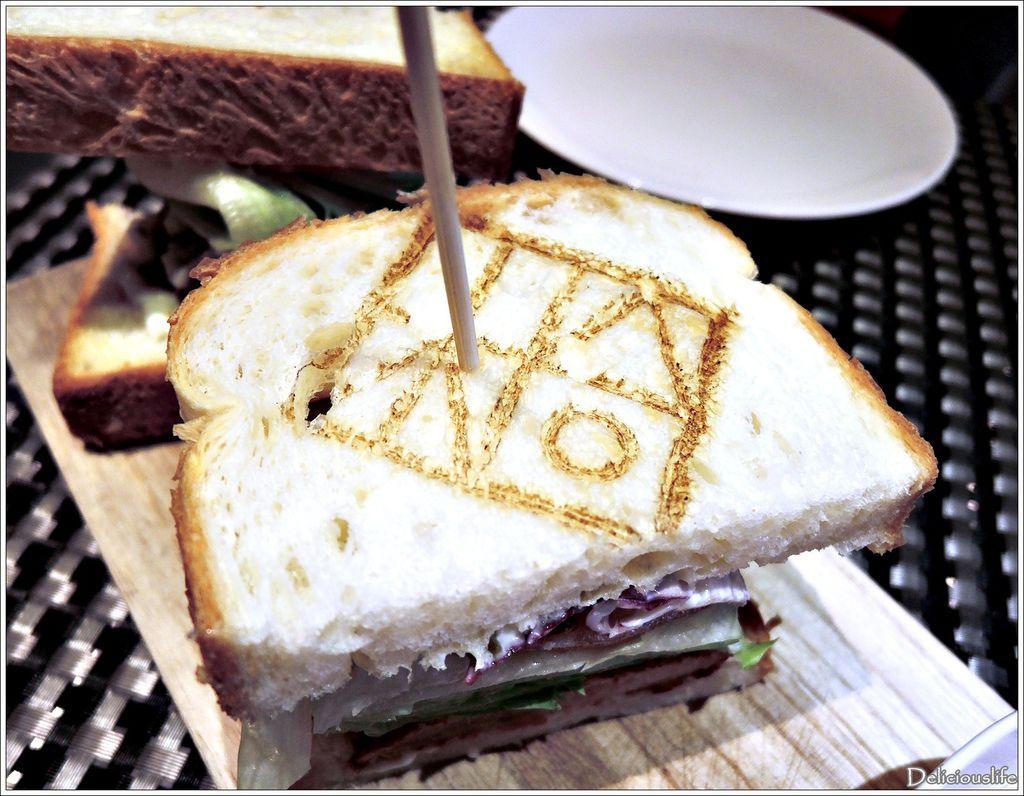 豬跳油三明治200-2