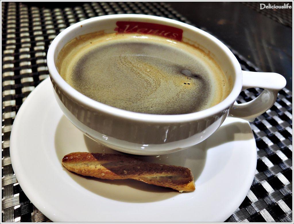 美式熱咖啡