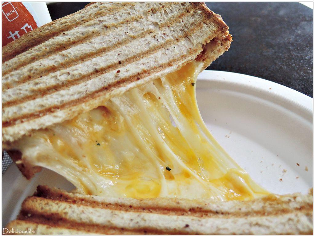 經典烤起司三明治70-3