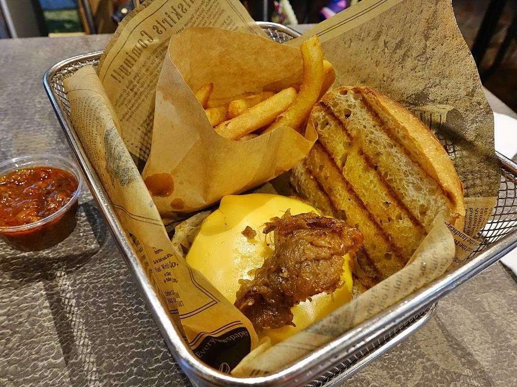 BurgerRay-7.JPG