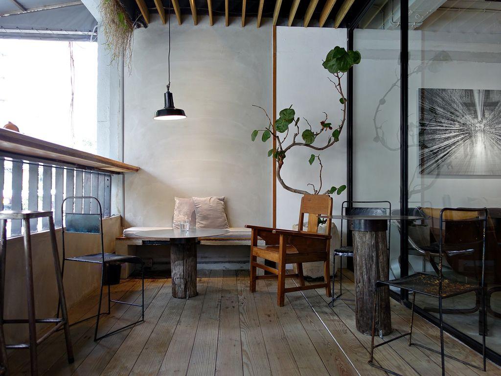 INFINITY.Yes Lounge-2.JPG