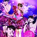 Della丁噹 下一站,天后 一生第一次演唱會 專輯封面