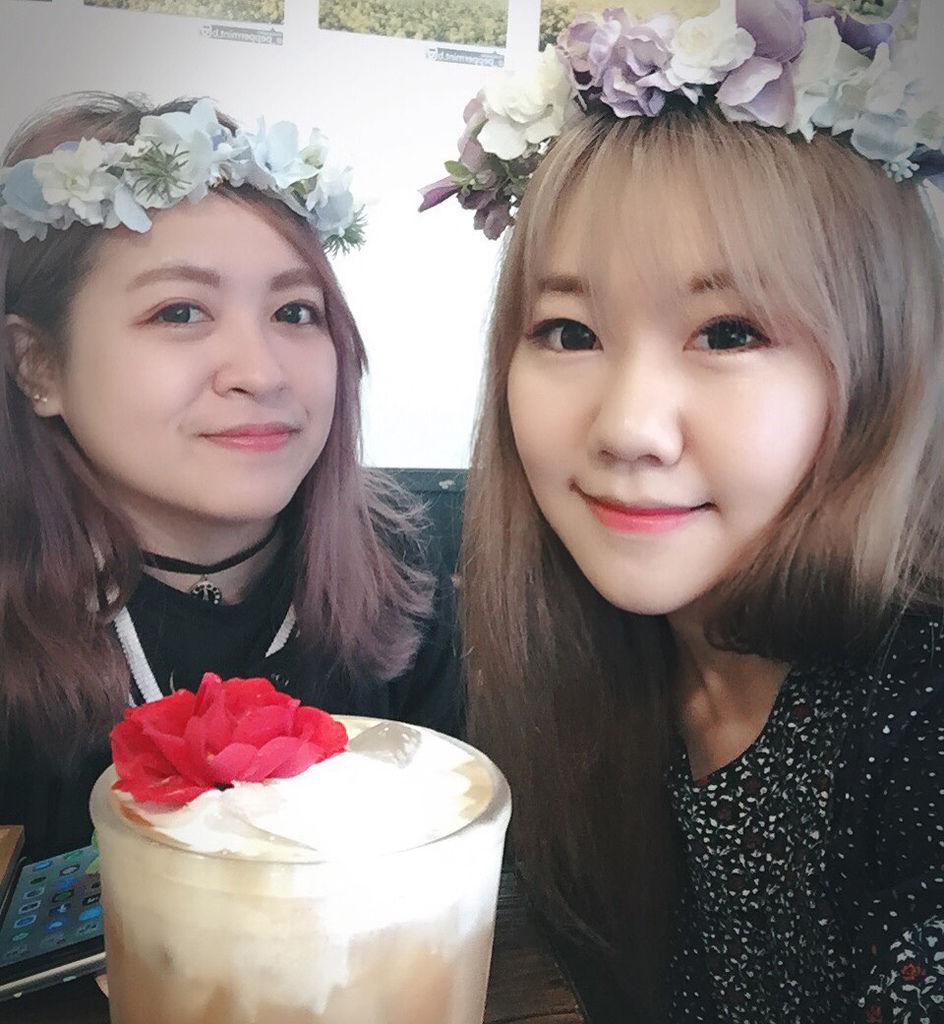 弘大 FLORTE Flower Cafe