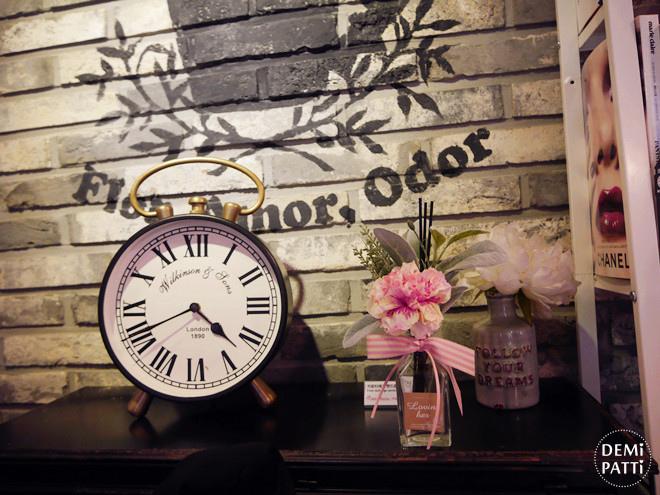 弘大 FLORTE Flower Cafe  (5).jpg