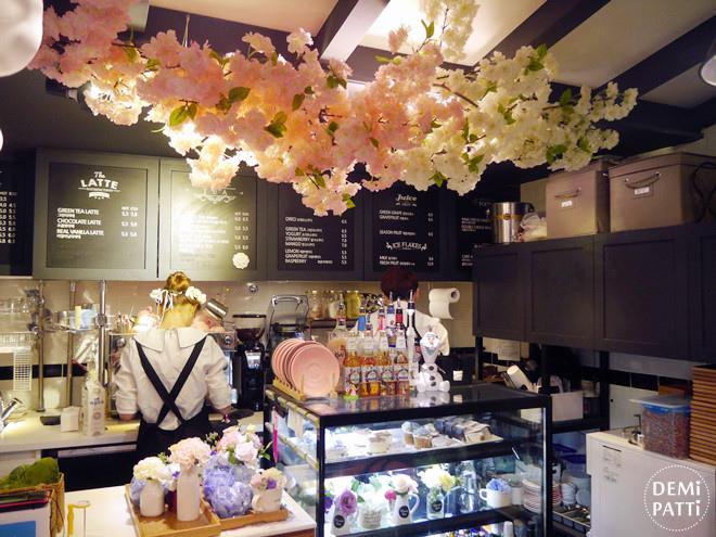 弘大 FLORTE Flower Cafe  (10).jpg
