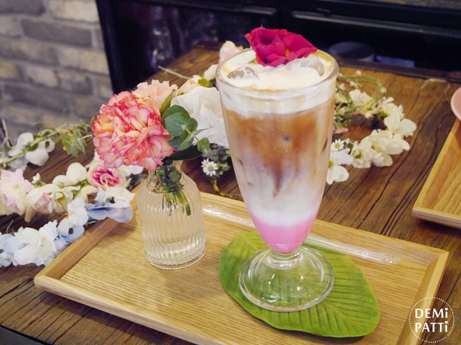 弘大 FLORTE Flower Cafe  (12).jpg