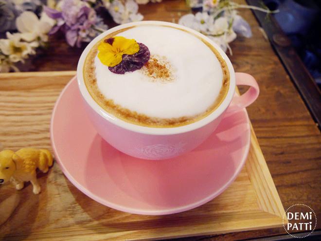 弘大 FLORTE Flower Cafe  (11).jpg