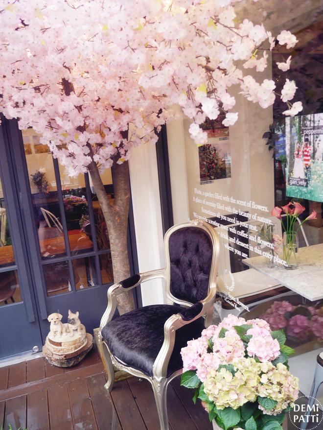 弘大 FLORTE Flower Cafe  (30).jpg