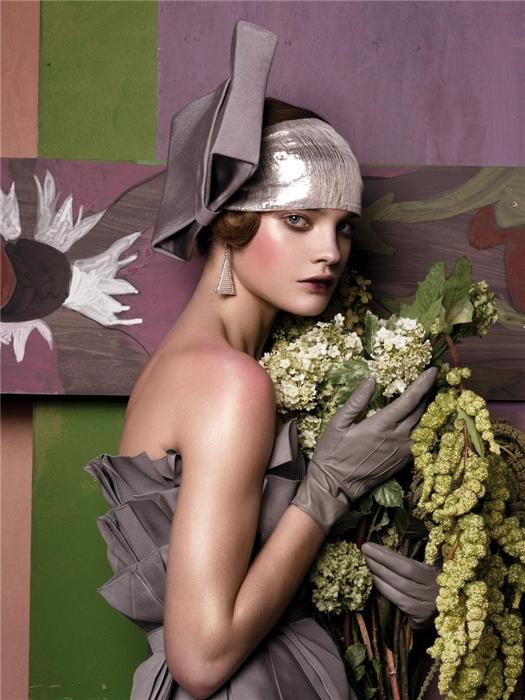 Natalia Vodianova by Steven Meisel (Fashioning The Century - Vogue US May 2007) 4.jpg