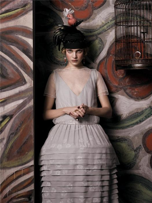 Natalia Vodianova by Steven Meisel (Fashioning The Century - Vogue US May 2007) 8.jpg