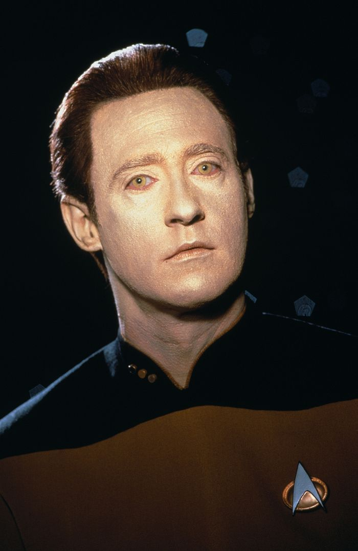Lt-Commander-Data-star-trek-the-next-generation-9406567-1664-2560.jpg
