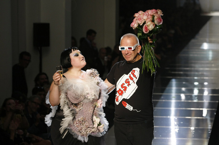 17508-beth_ditto_defile_pour_jean_paul_gaultier.jpg