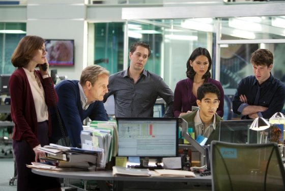 The-Newsroom-Bullies-Emily-Mortimer-Jeff-Daniels-Thomas-Sadoski-Olivia-Munn-Dev-Patel-and-John-Gallagher-Jr.1jt