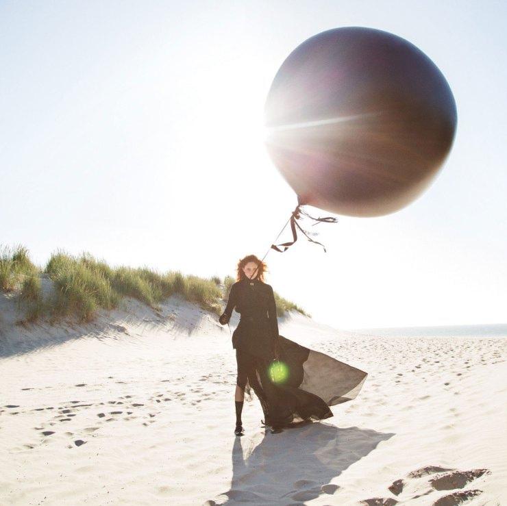 natalie-westling-by-inez-van-lamsweerde-vinoodh-matadin-for-w-magazine-september-2015-1.jpg