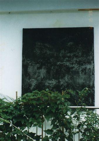 黑窗.JPG