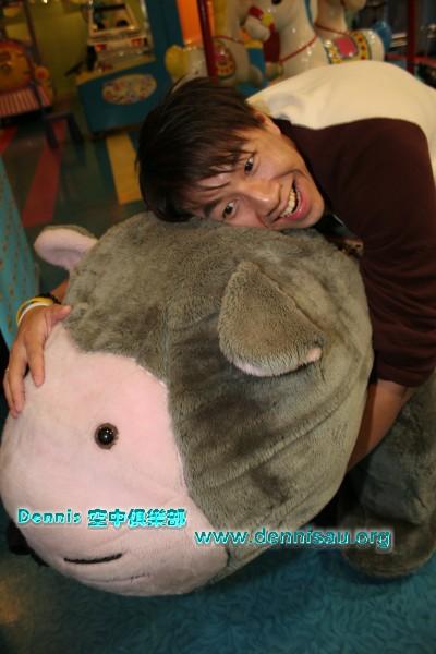 2006.04.19_DENNIS&藍寶基尼!04