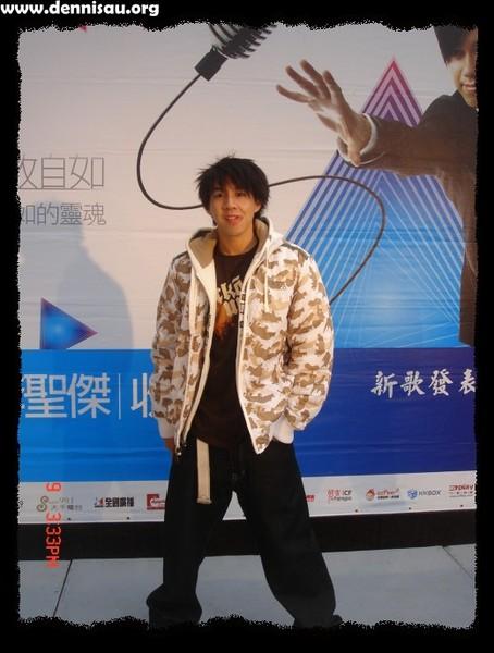李聖傑收放自如台北簽唱會02.jpg