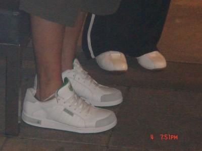 01.Dennis & Gina 的鞋