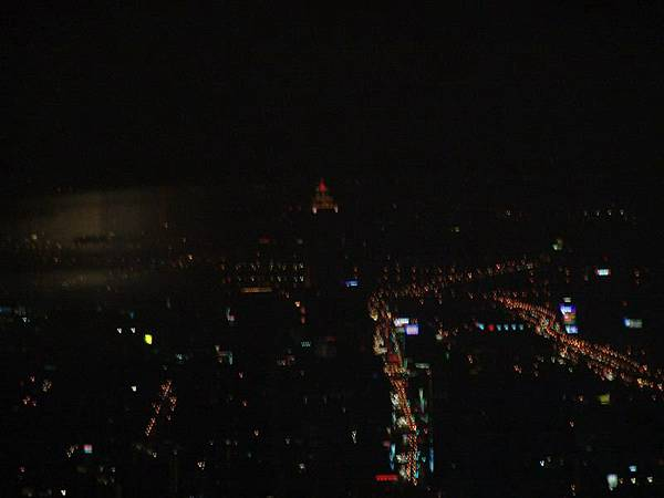 前台北第一高樓新光大樓