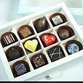12入繽紛巧克力.jpg