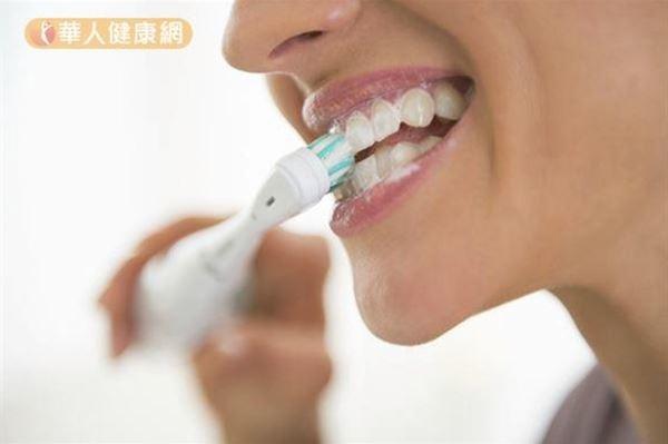 牙齒也有中年危機,別讓口腔提早老化!3