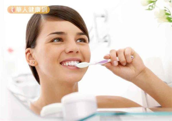 蛀牙無產假!孕媽咪,每3個月免費洗牙1次2