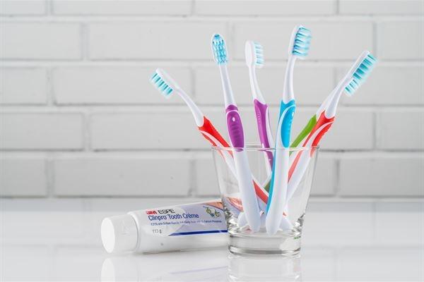 拒絕「病從口入」!選對抗菌牙刷清潔口腔,鞏固全身健康3