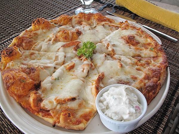 35-便宜(相對於其他食物) 又能讓兩個人吃飽的Pizza