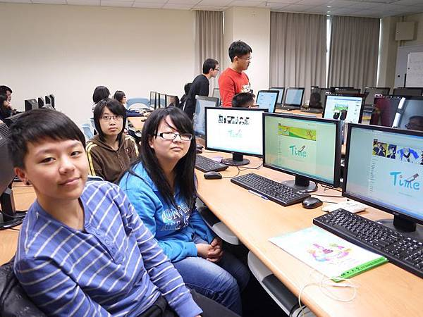 DES鼎益盛_佛光大學joomla成果發表joomla學生教學研習營_163.JPG
