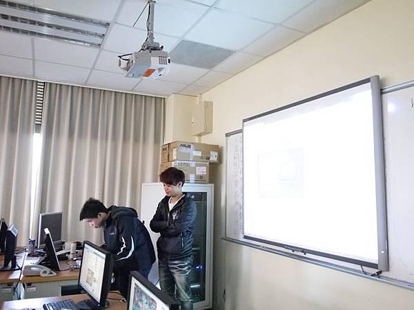 DES鼎益盛_佛光大學joomla成果發表joomla學生教學研習營_214.JPG