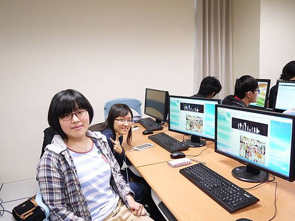 DES鼎益盛_佛光大學joomla成果發表joomla學生教學研習營_239.JPG