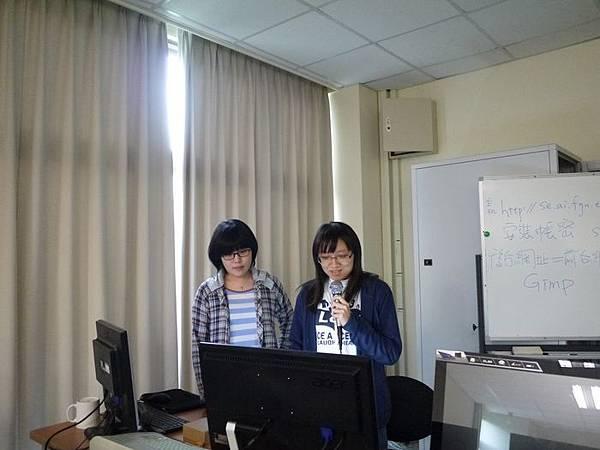 DES鼎益盛_佛光大學joomla成果發表joomla學生教學研習營_245.JPG