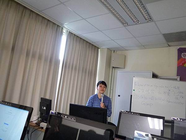 DES鼎益盛_佛光大學joomla成果發表joomla學生教學研習營_255.JPG