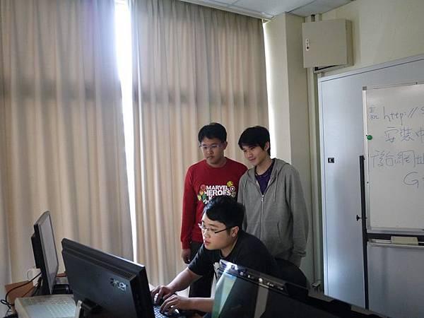 DES鼎益盛_佛光大學joomla成果發表joomla學生教學研習營_271.JPG