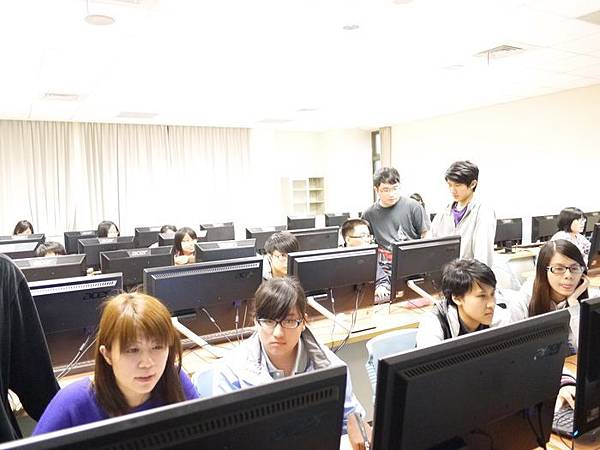 DES鼎益盛_佛光大學joomla成果發表joomla學生教學研習營_78.JPG