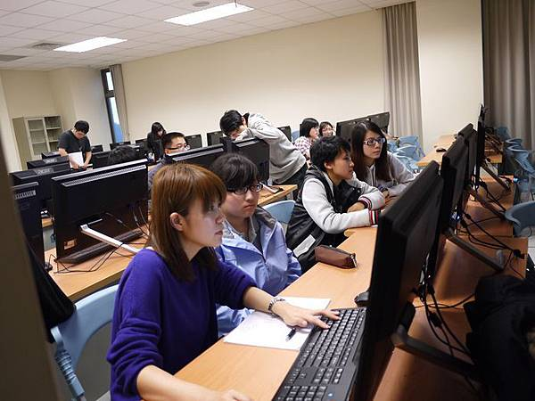 DES鼎益盛_佛光大學joomla成果發表joomla學生教學研習營_80.JPG