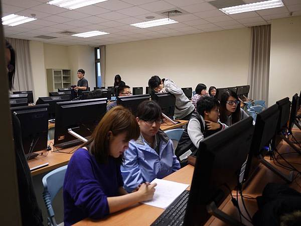 DES鼎益盛_佛光大學joomla成果發表joomla學生教學研習營_81.JPG