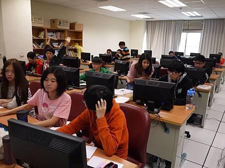 DES鼎益盛_佛光大學joomla成果發表joomla學生教學研習營_127.JPG