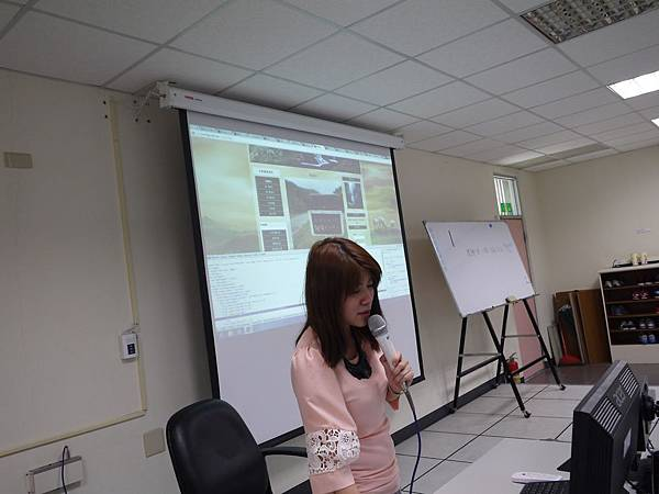 DES鼎益盛_joomla講師網路行銷演講_108.JPG