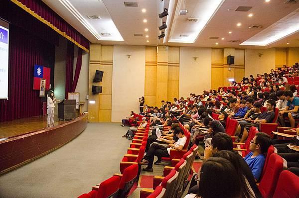 joomla講師 aj lin 林玉潔健行大學演講