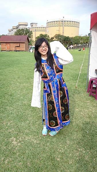 蒙藏委員會的衣服