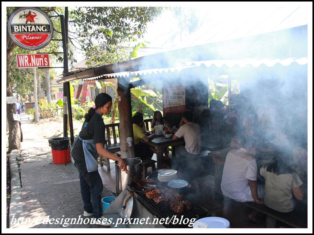 [峇里島 美食] Naughty Nuri's Warung Ubud-必吃美食- 好吃到吃3次的烤豬肋排