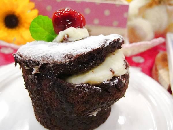 巧克力爆漿蛋糕