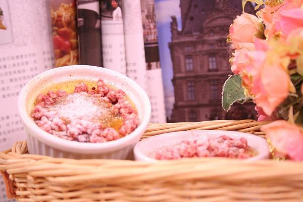 創意法式烤布蕾-蜜桃起司雙重奏