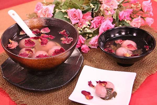 冬至 玫瑰芝麻湯圓