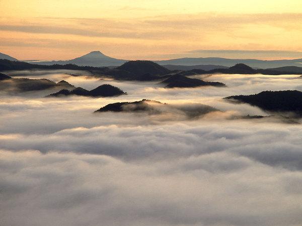 cloudsea.jpg