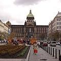 回到布拉格