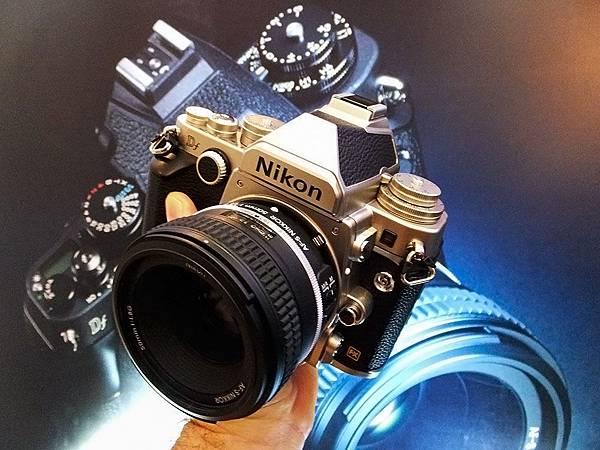hands-on_retro_nikon_df_fusion_1l