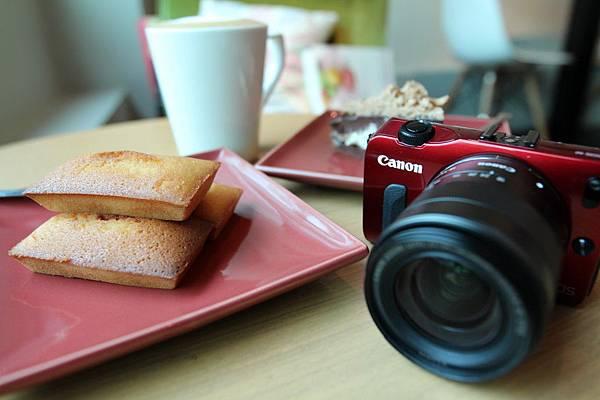 圖說一-Canon-迷你單眼-EOS-M-最高降價4000元。-1024x682