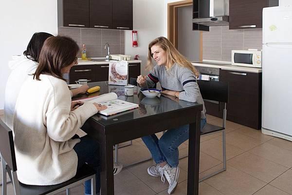 ec-malta-shared-apartment_009.jpg
